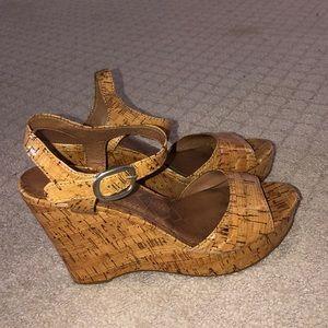 Lucky Cork Patent Wedge Sandal Sz. 9 1/2